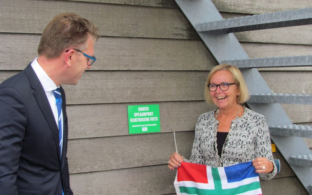 CEO Groningen Seaports opens most northern charging point for electric bikes